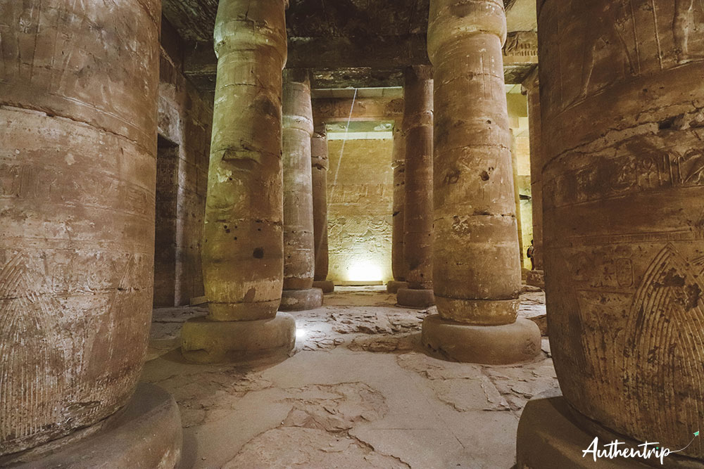 colonnes lumiere abydos