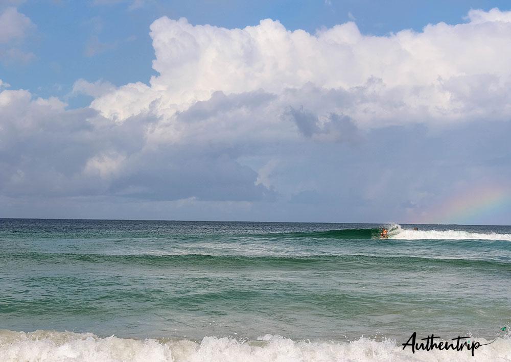 surfeur byron bay