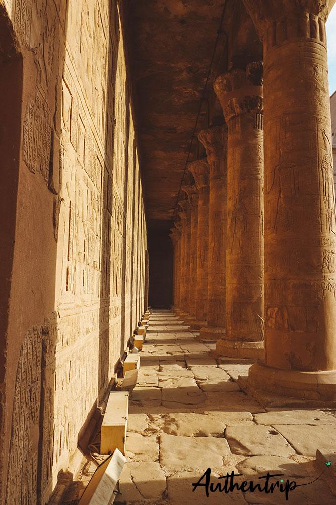 Coucher de soleil, temple d'Edfu