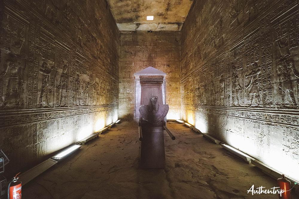 Sanctuaire d'Horus, temple d'Edfu