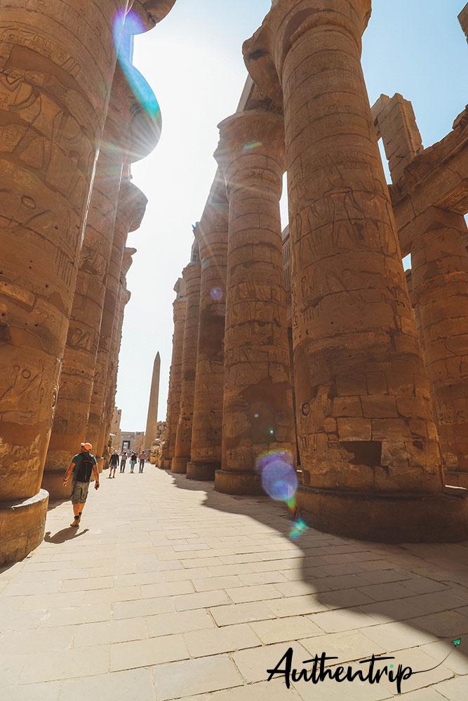 temple karnak colonnes