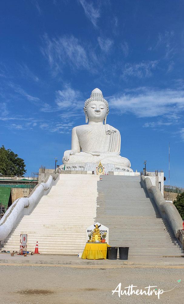 big bouddha phuket escalier