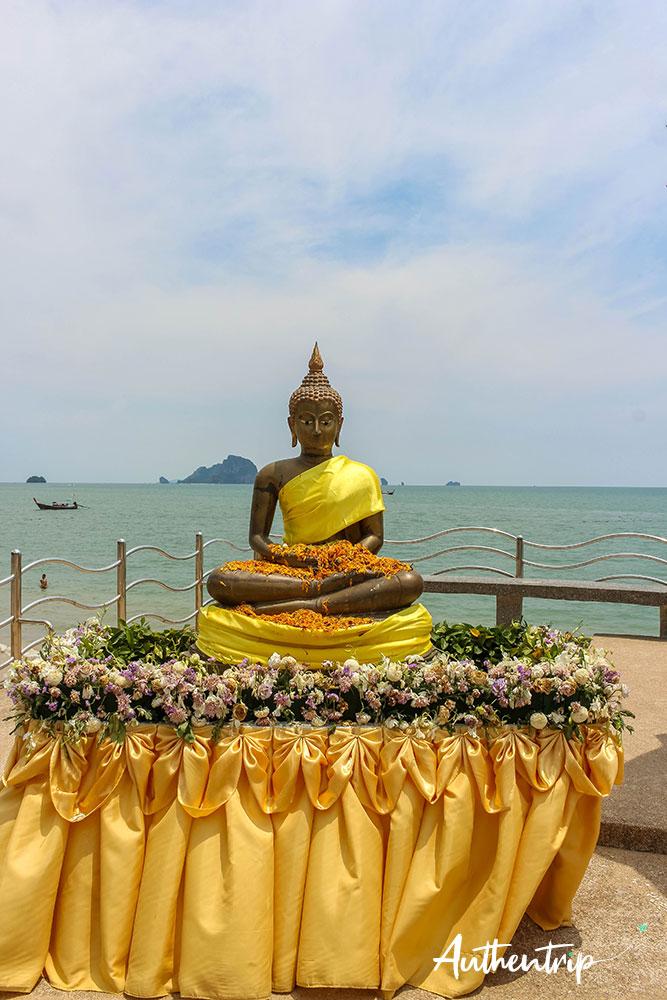 plage ao nang krabi bouddha