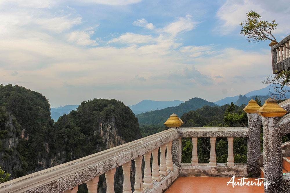 krabi tiger cave temple vue jungle