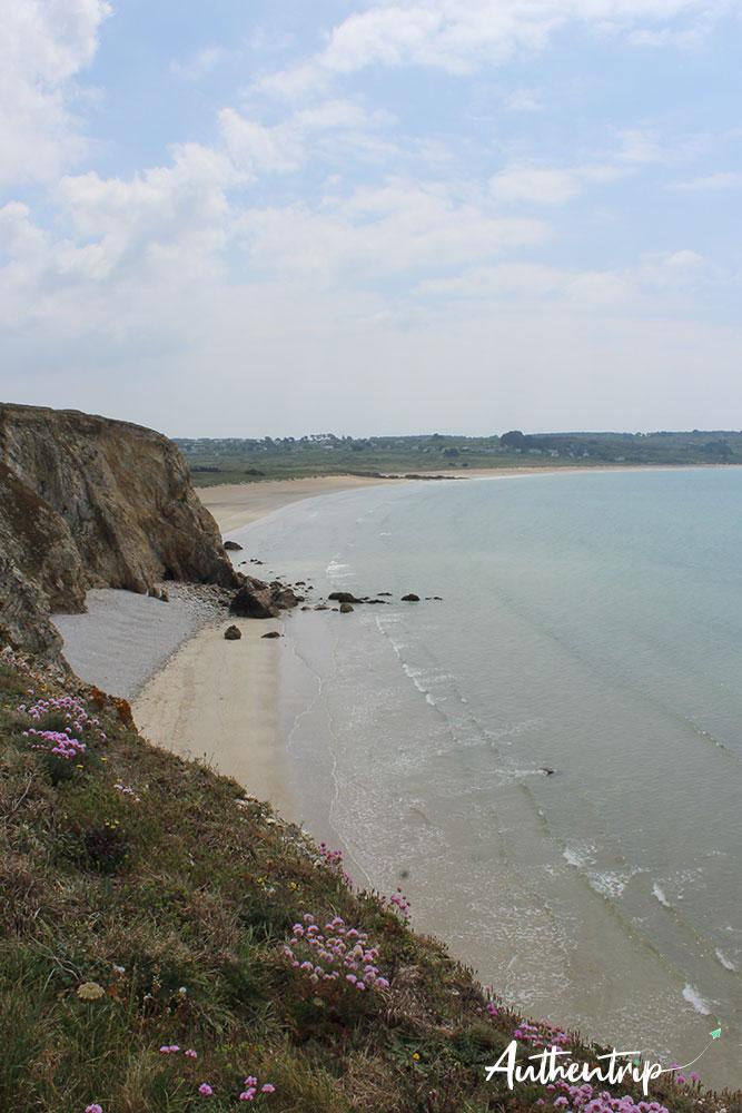plage sentier crozon