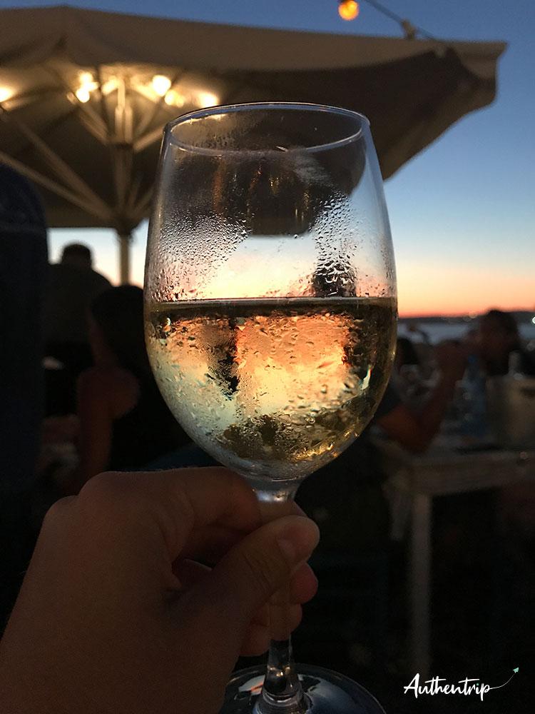 parikia sunset vin