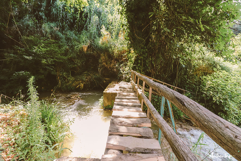 road trip péloponnèse stenosia falls pont