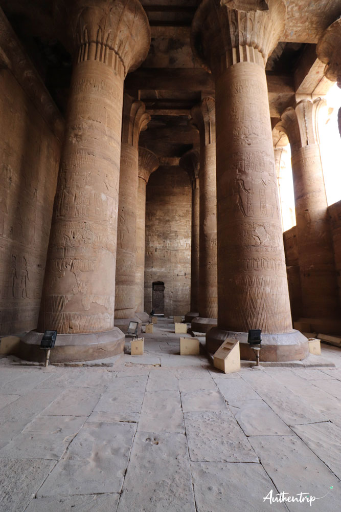 salle hypostyle temple horus